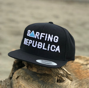 Gorra Surfing Republica