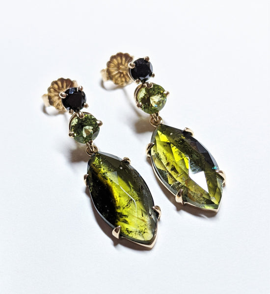 Meet Me in the Garden Earrings