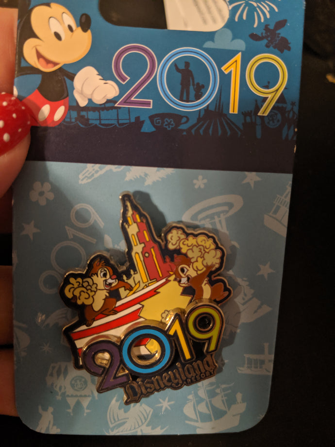 Disneyland 2019 Chip and Dale Pin New on Card