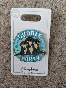 Otters from Finding Nemo Cuddle Party Pin New on Card