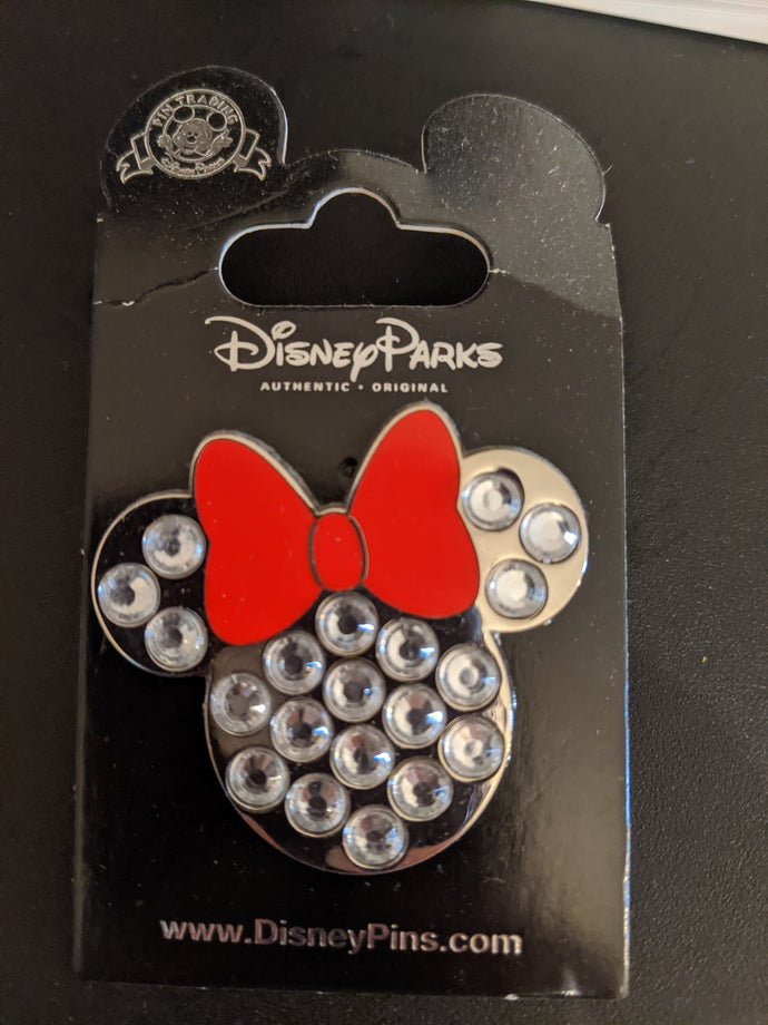 Gemmed Minnie Head with Bow Pin New on Card