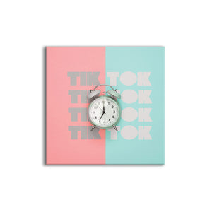 Tik Tok | Seamless wall mount