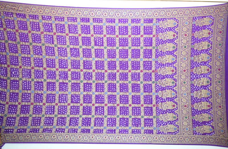 All Over Lavender Color Checks Design Gadhwal Bandhani Saree
