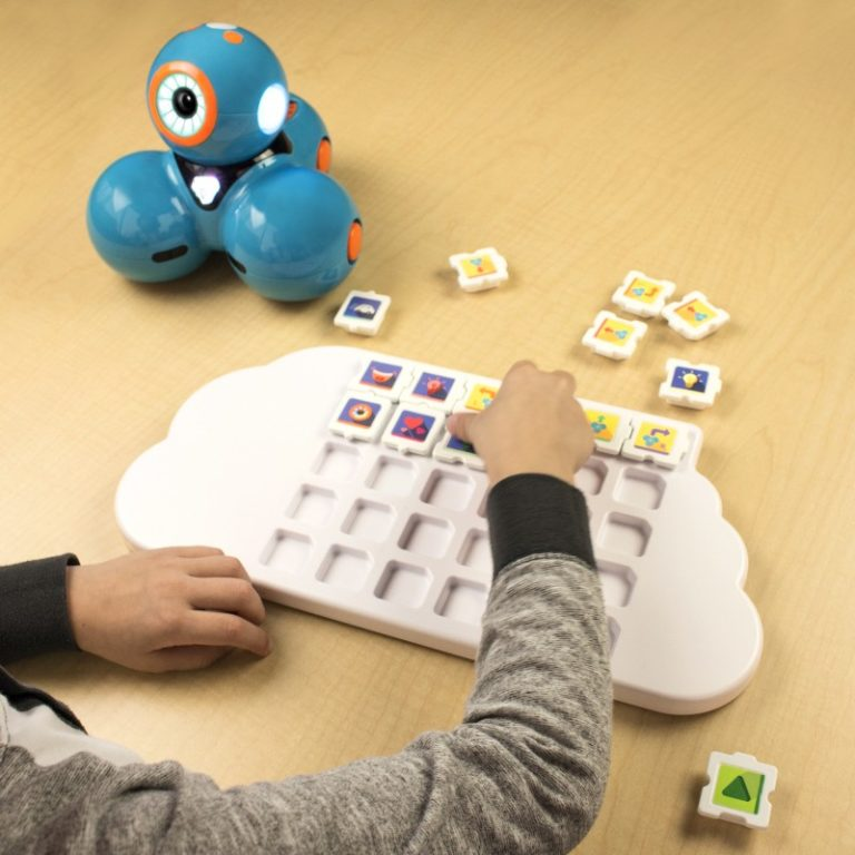 Dash Puzzlets Add-On (Dash Robot and Play Tray Not Included) - Digital Dream Labs