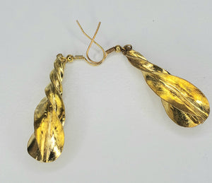 African Fulani Jewelry - Swirl Drop Gold