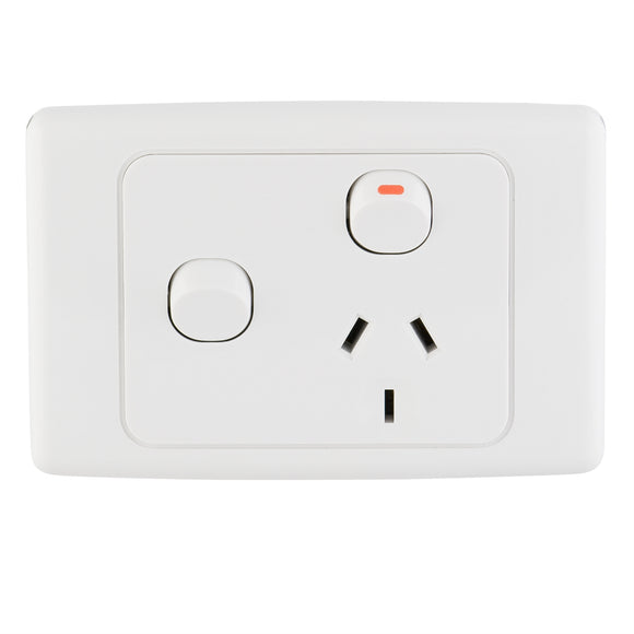 25128 Gunn 10A Single Power Point With Extra Switch ((BOX OF 5)) Classico Slim White.