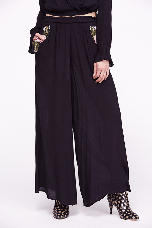 Wonderland Embroidered Pant