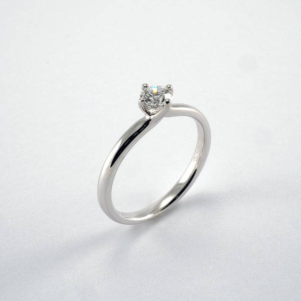 Ivy Twist 0.30ct