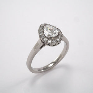 Pear Halo Cluster - 0.61ct