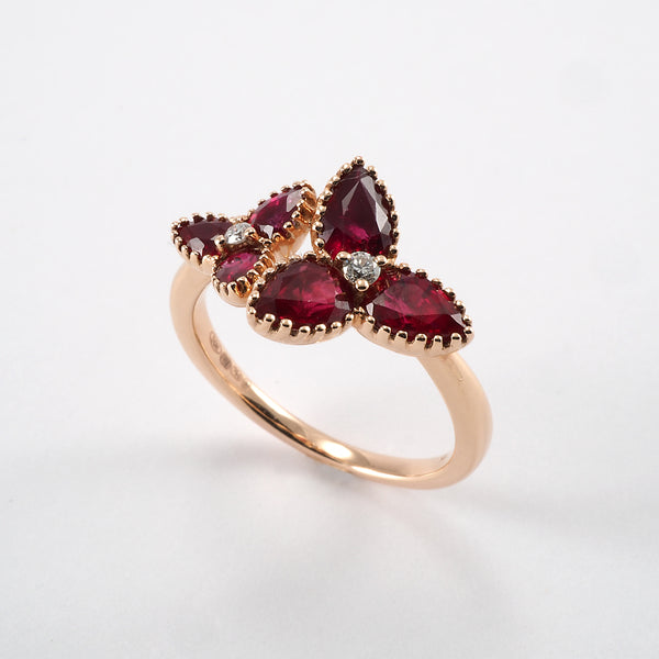 Yellow Gold Trefoil Ruby Ring