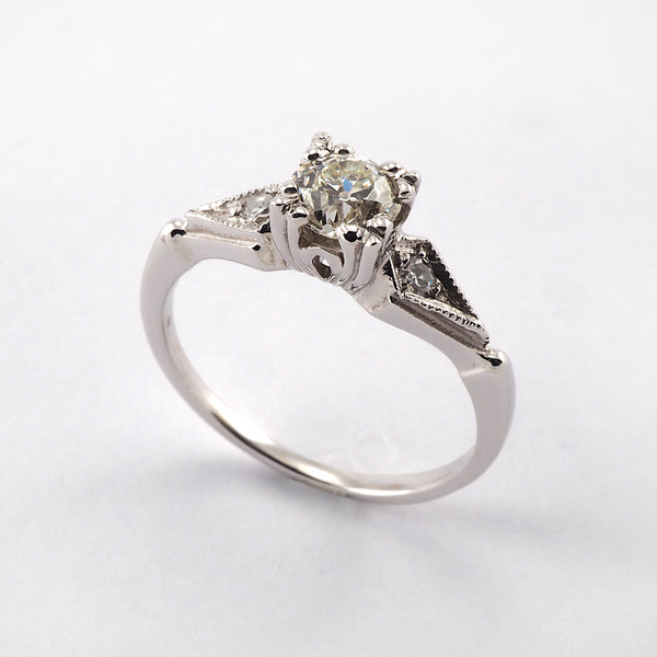 Vintage Round Solitaire with Diamond shoulders