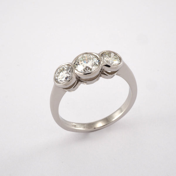 Vintage 3 Stone Collet Set Diamond Ring