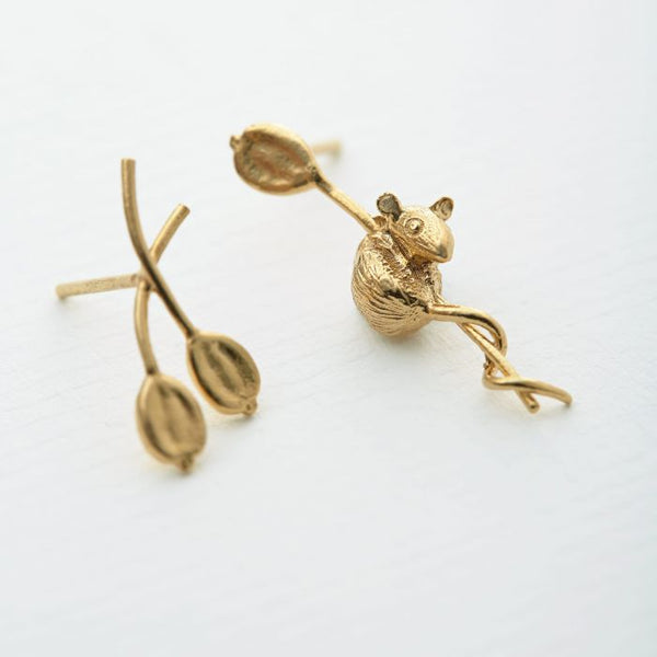 Alex Monroe - Asymmetric Harvest Mouse Stud Earrings