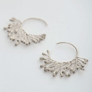 Alex Monroe - Fanned Seed Pod Hoop Earrings