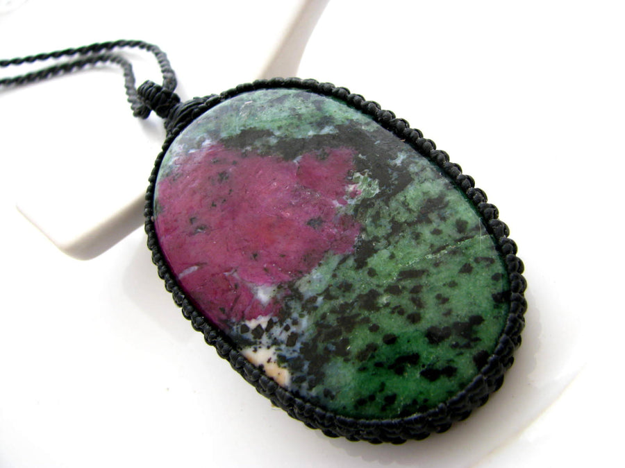 Mother/'s day gift Gift for mom Malachite macrame pendant Bohemian necklace Gift for wife Green stone. Powerful Healing Stone necklace