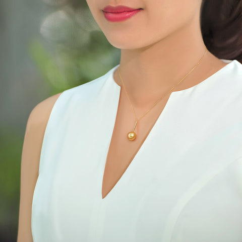 Golden South Sea Pearl Pendant Necklace