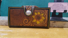 Load image into Gallery viewer, Sunflower clutch wallet