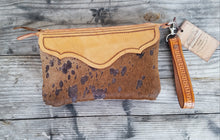 Load image into Gallery viewer, Copper Acorn Wristlet