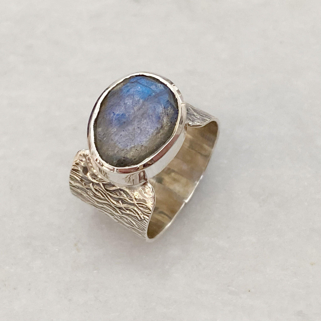 Silver Textured Moonstone Ring UK | Earth and Elements Jewellery