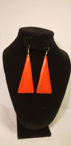 WOODEN TRIANGLE EARRINGS
