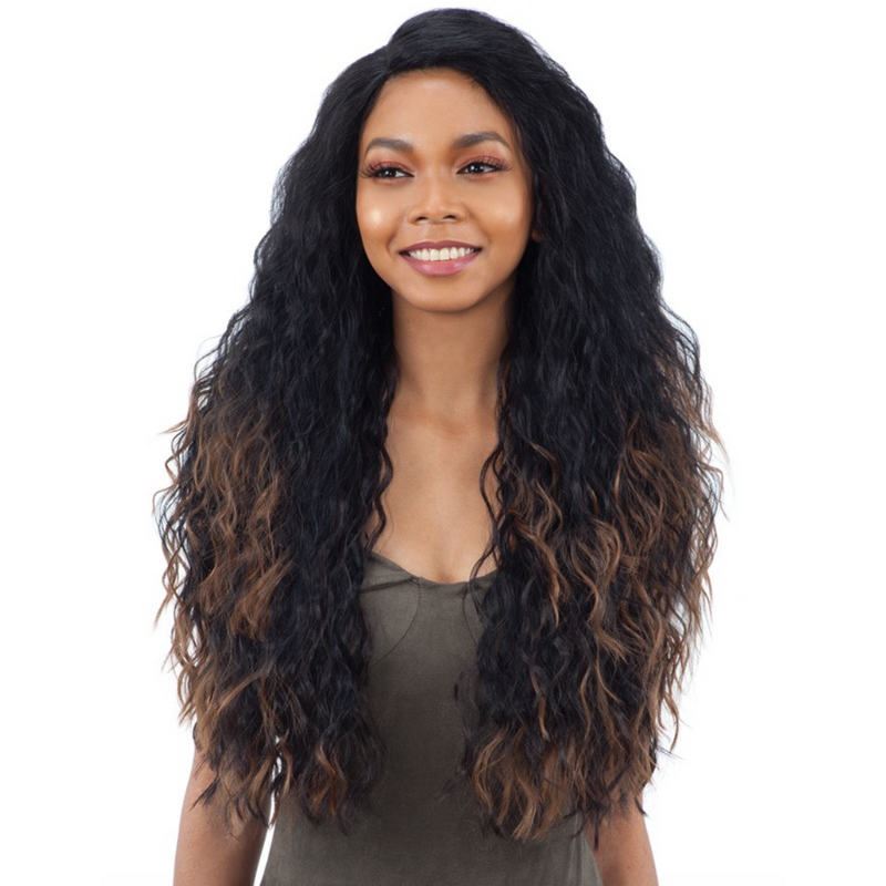 Model Model Deep Invisible L-Part Wig JOSEE