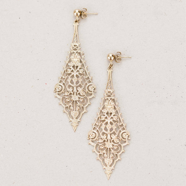 "Boucles d'oreilles ""Vanth, goddess of the light through the underworld"""
