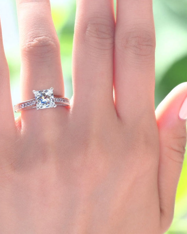 pricess cut diamond engagement ring