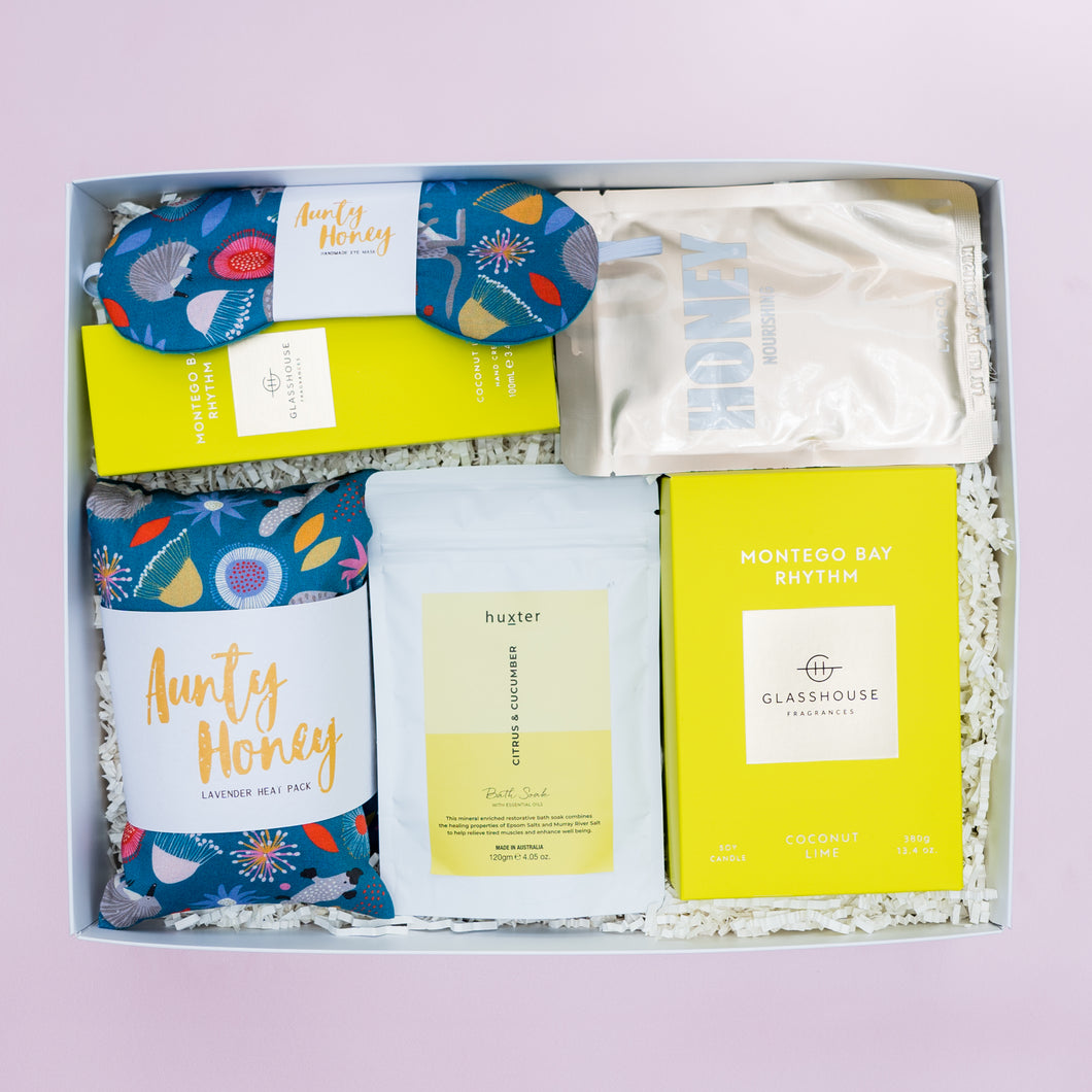 Pamper Deluxe Gift Box