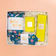 Load image into Gallery viewer, Pamper Hamper Spa Day Gift Box