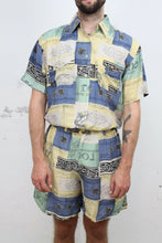 Laden Sie das Bild in den Galerie-Viewer, Vintage Seidenshorts
