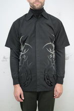 Laden Sie das Bild in den Galerie-Viewer, Tribal Shirt (Vintage)