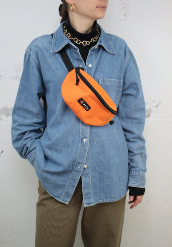 Orange Bauchtasche