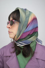 Laden Sie das Bild in den Galerie-Viewer, Seiden Foulard (Vintage)