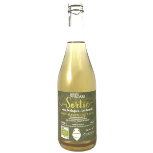 Monte dei Roari Bianco Petnat Frizzante Bio 'Sortie' a biodynamic and organically farmed sparkling italian white wine