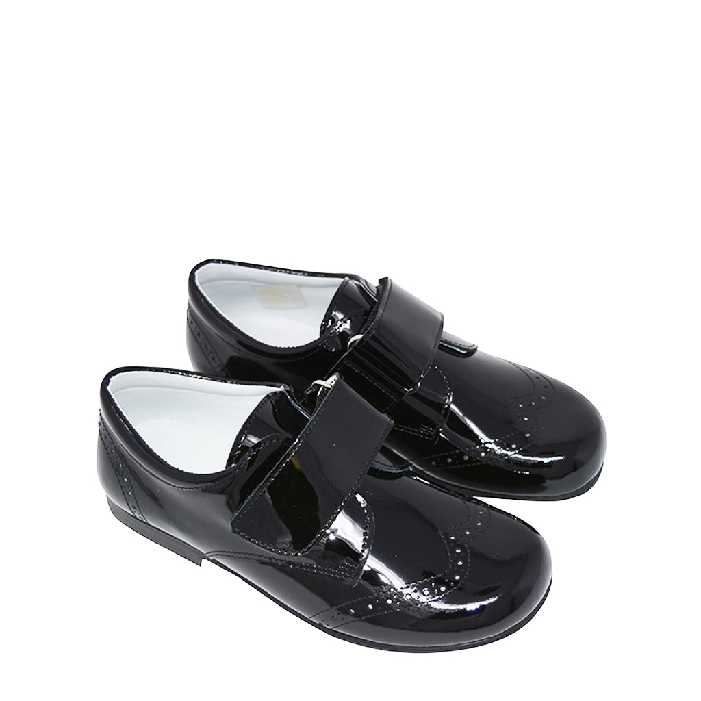 Geppetto's Boy Black Patent Leather Strap Shoes US 2/ EU 32