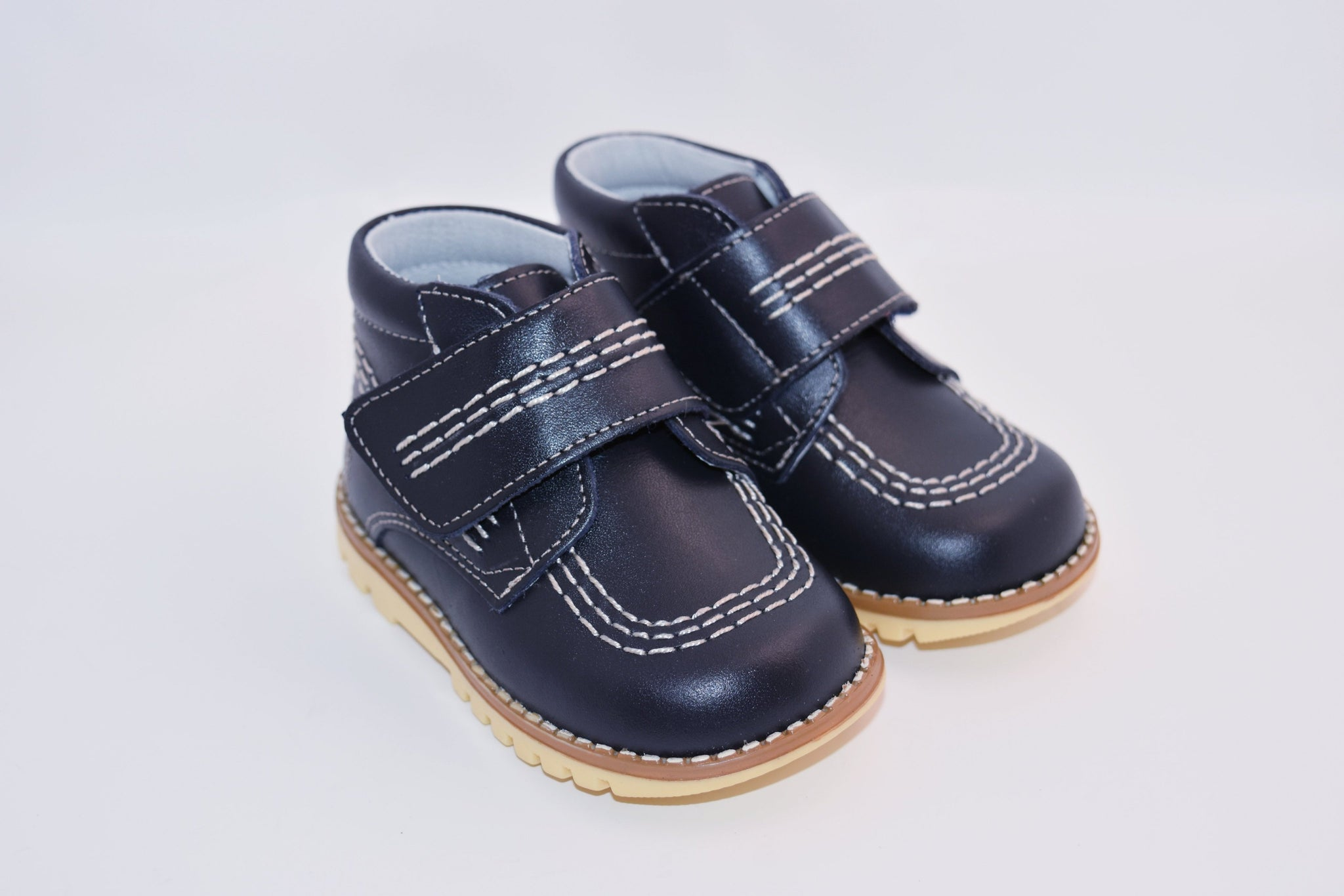Geppetto's Velcro-Strap Walker Boxcalf