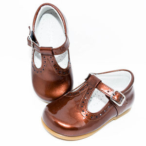 Geppetto's Girl Brown Patent Leather Shoes