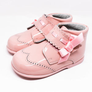 Geppetto's Pink Velcro Strap Shoes