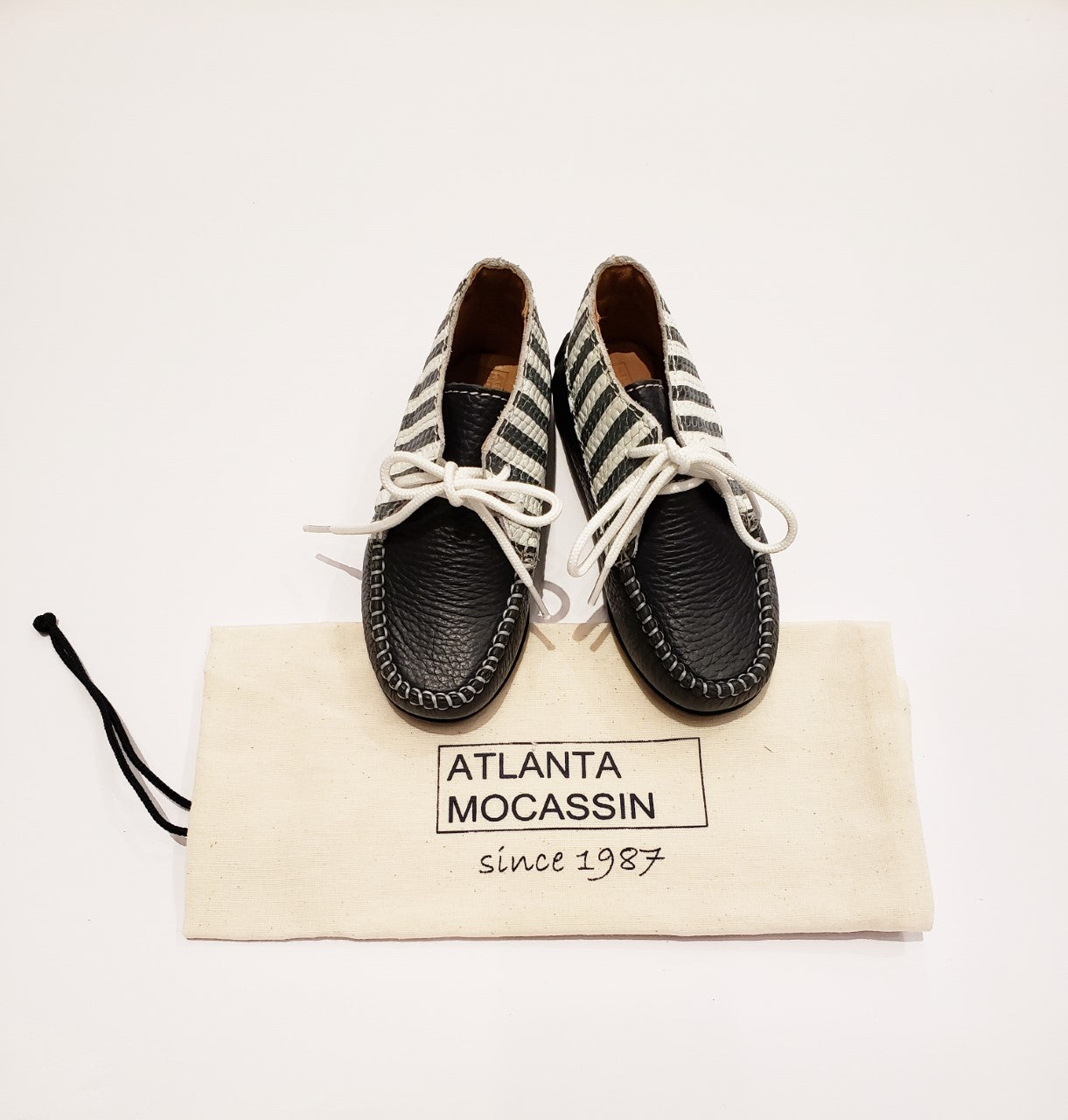 Atlanta Mocassin Navy / White High Top Shoes