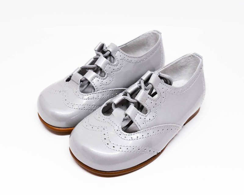 Geppetto's Girls Silver Patent Leather Shoes