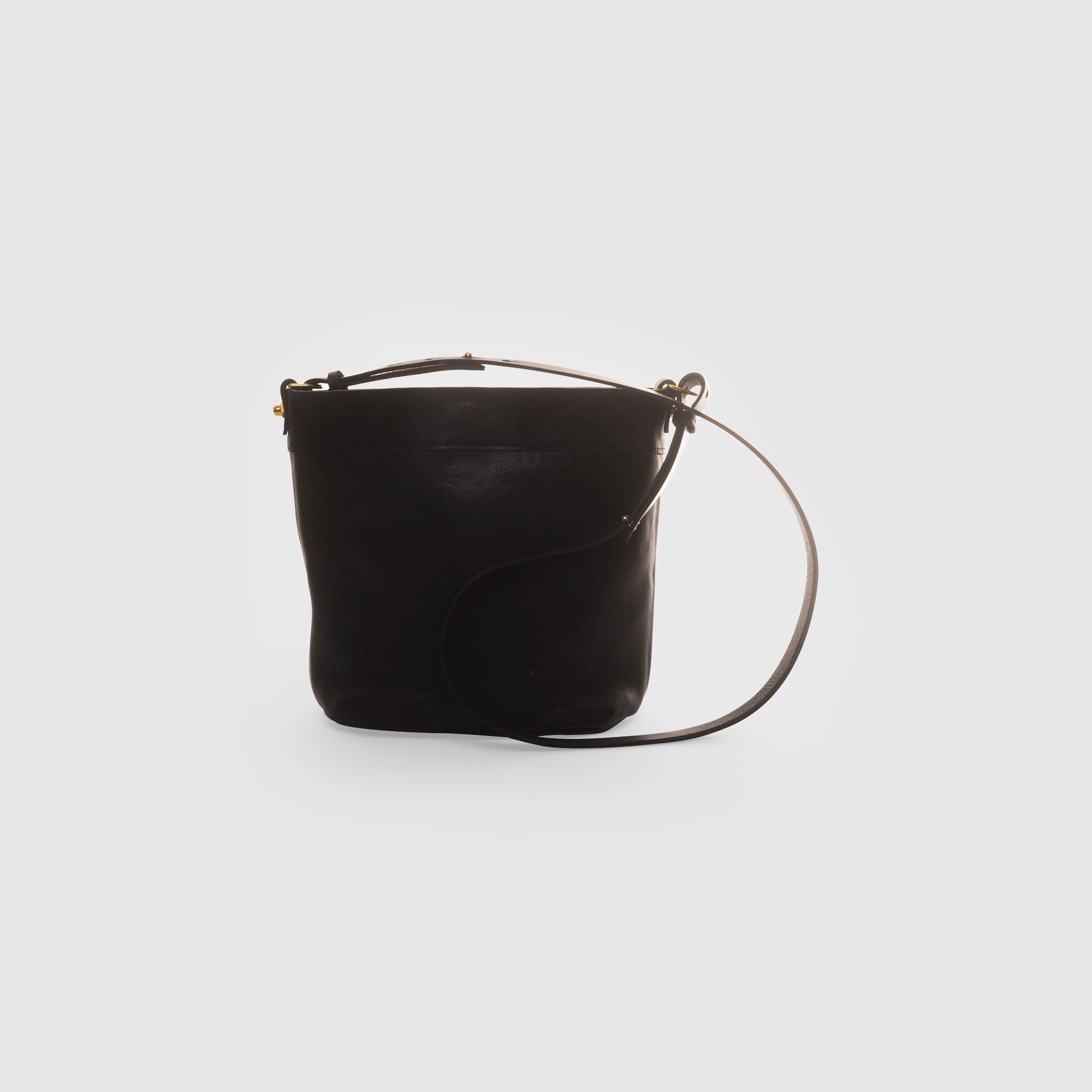 CLASSIC BUCKET BAG // CHARCOAL