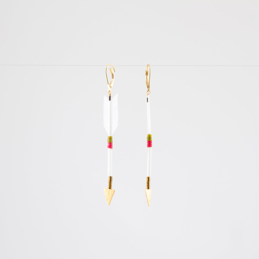 ARROW // FEATHER ARROW EARRINGS // WHITE // VERMEIL