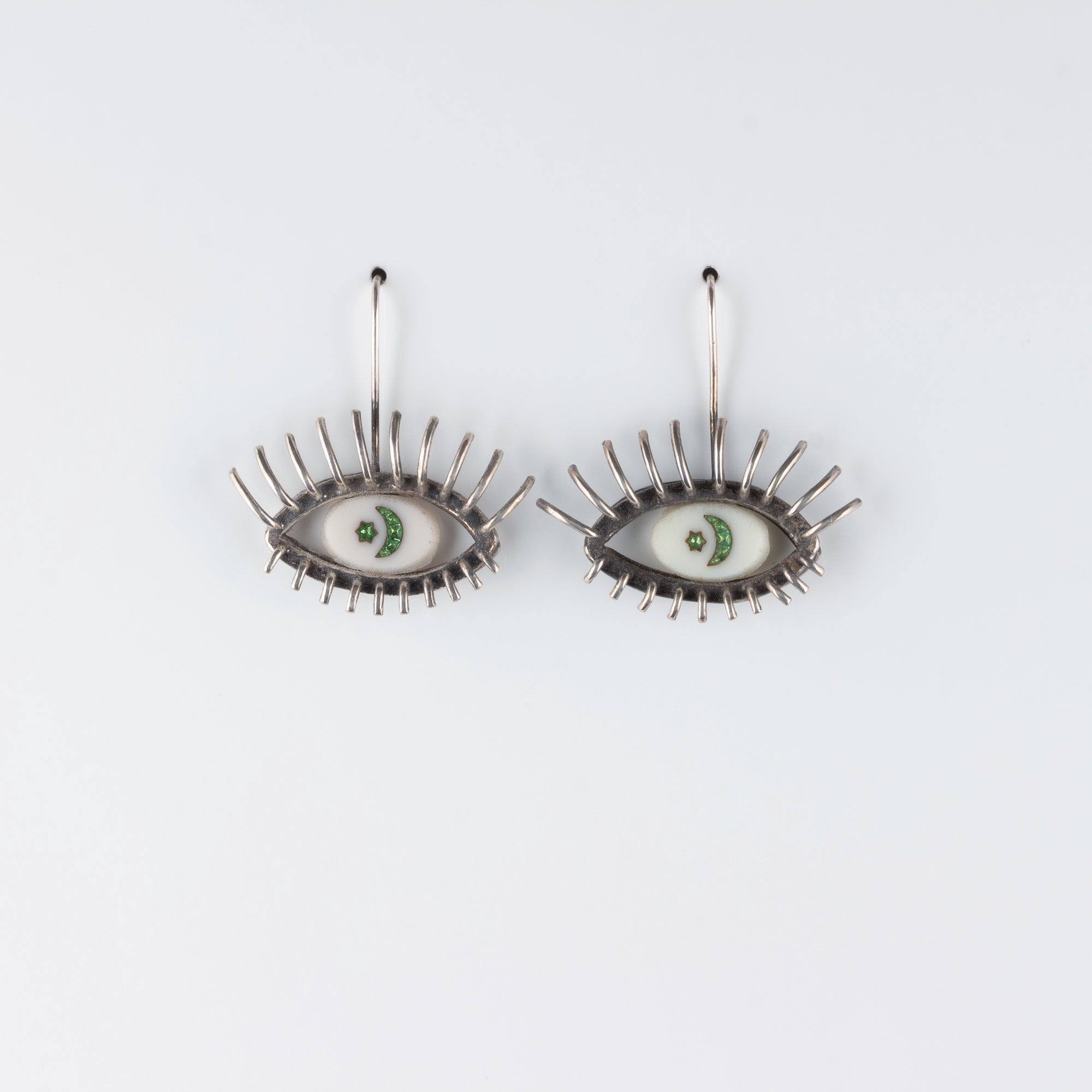 """20/20"" // SILVER EARRINGS // WHITE & GREEN INTAGLIO"