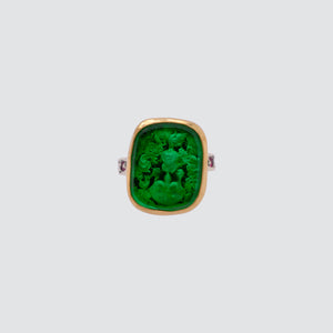 GREEN INTAGLIO SIGNET RING