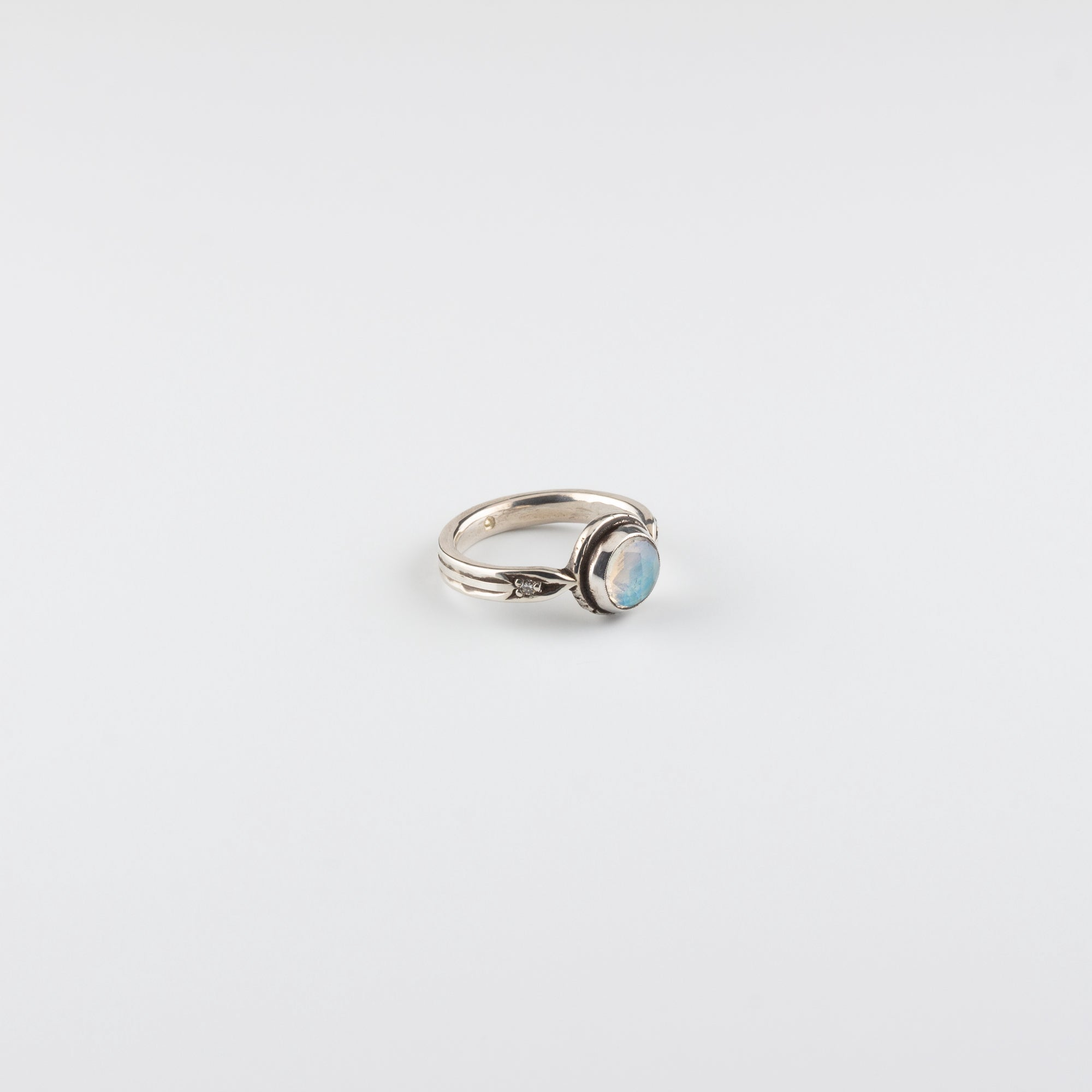 ARROW RING // MOONSTONE & DIAMOND