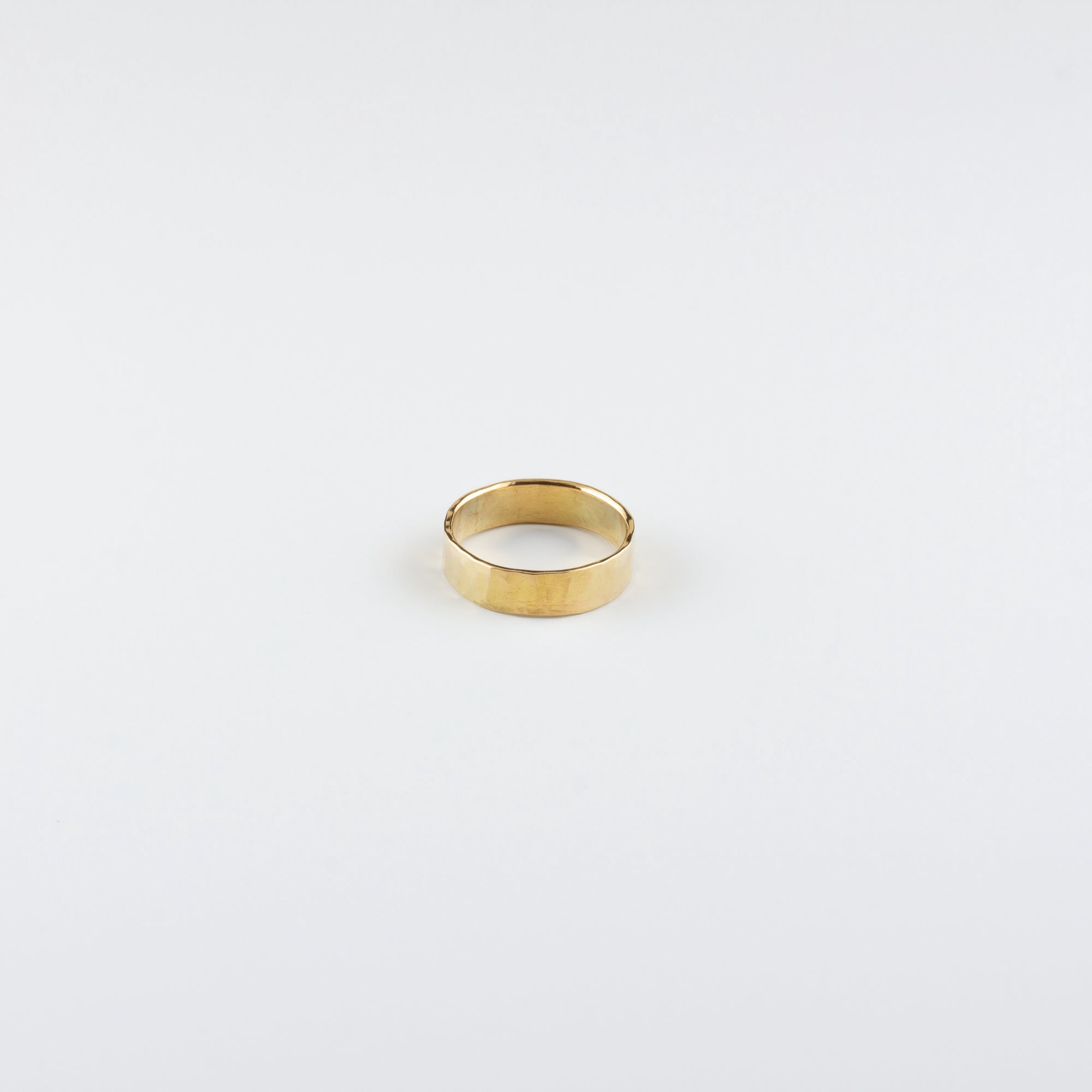 HAND HAMMERED 18K GOLD BAND