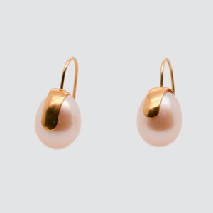 PEARLFECT EARRINGS // GOLD