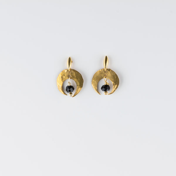 ARCO LUNA POST EARRINGS // BLACK SPINEL