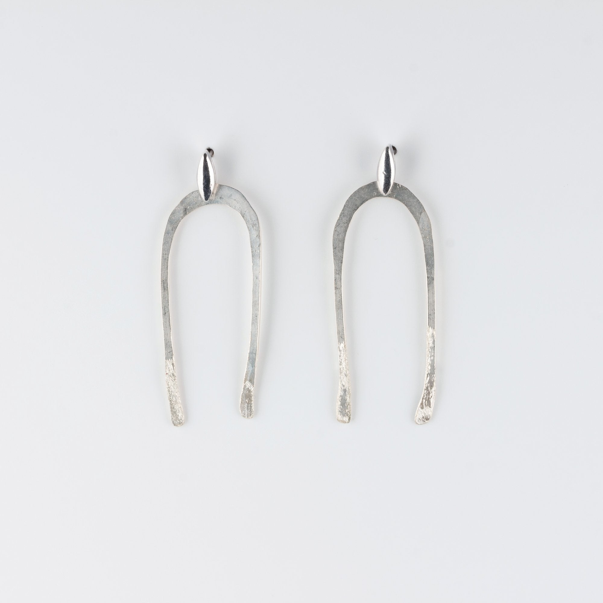 ARCO  STERLING SILVER POST EARRINGS // MEDIUM