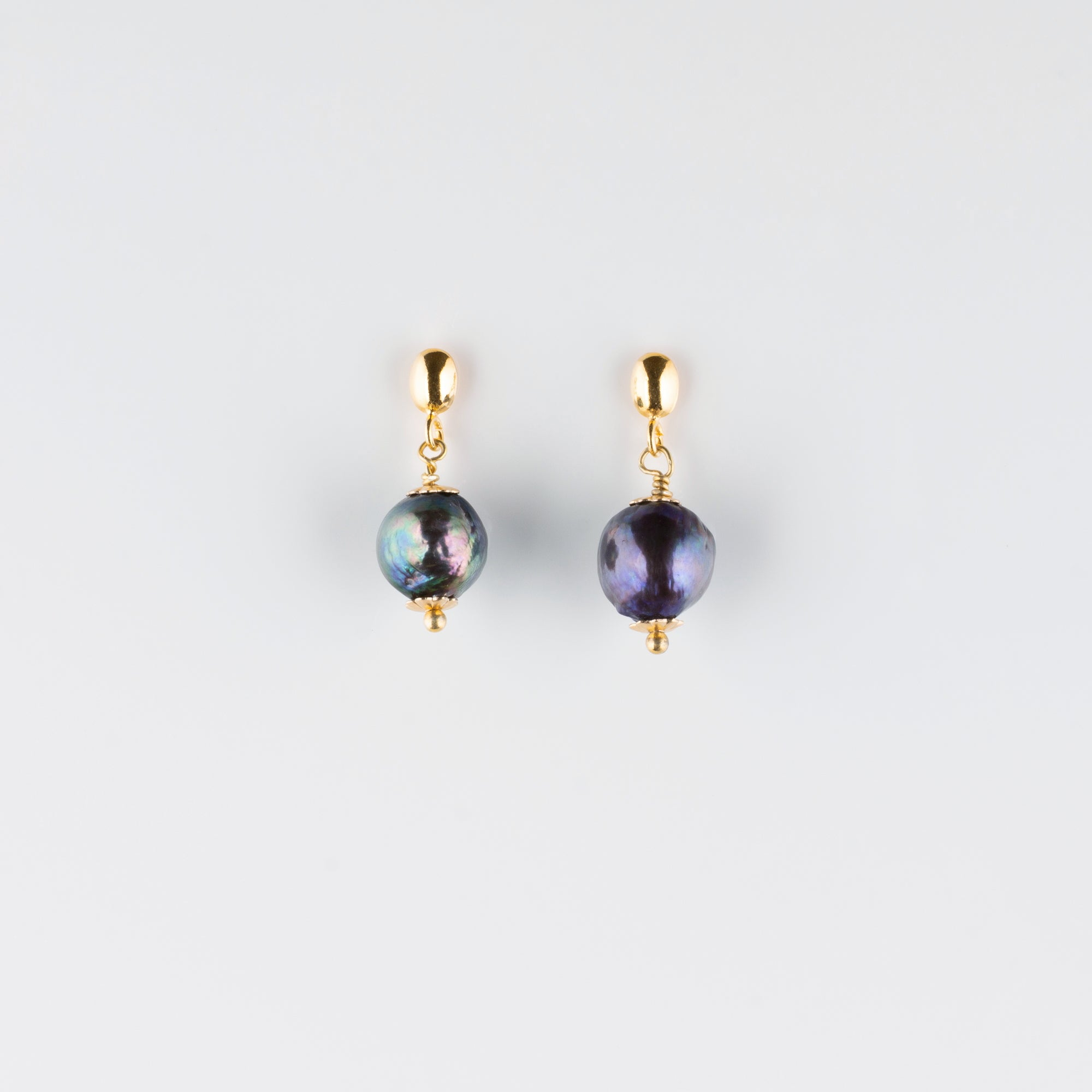 VERMEIL POST EARRINGS // BLACK PEARL